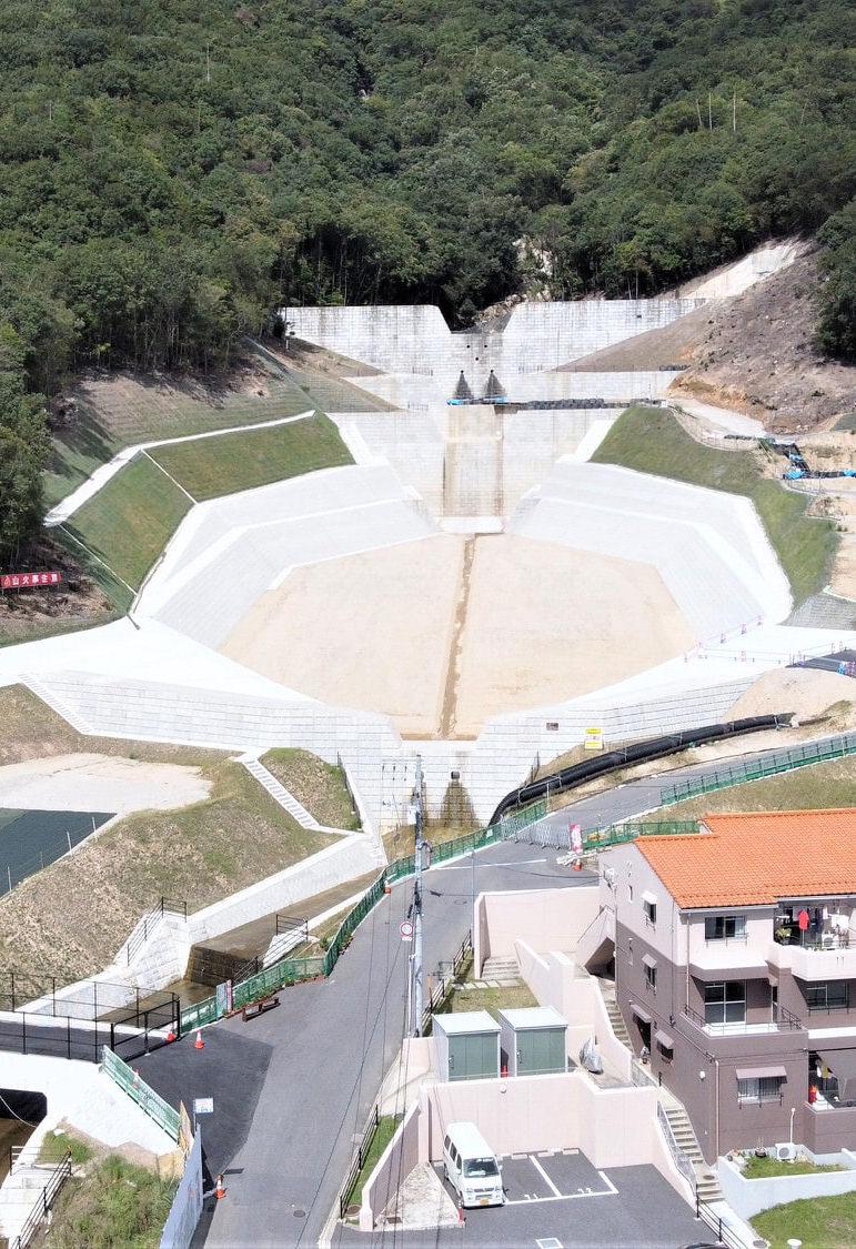八木砂防ダム工事